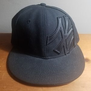 Custom New Era 59fifty New York Yankees All Black